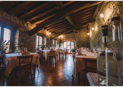 la sala al primo piano del ristorante officina dei sapori a varzi